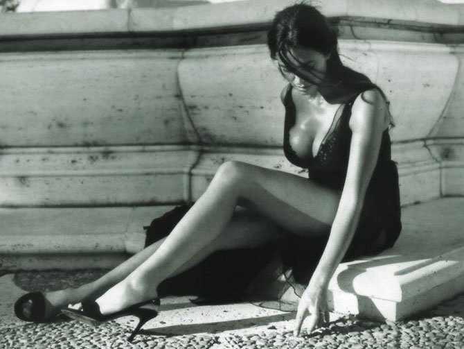 Черно-белая эротика (26 фото)