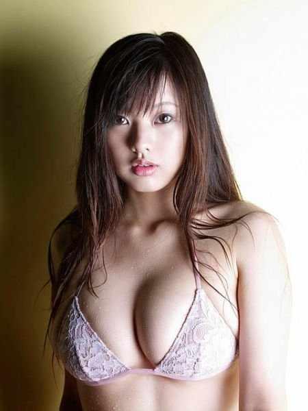 Сексуальные азиатки (82 фото)