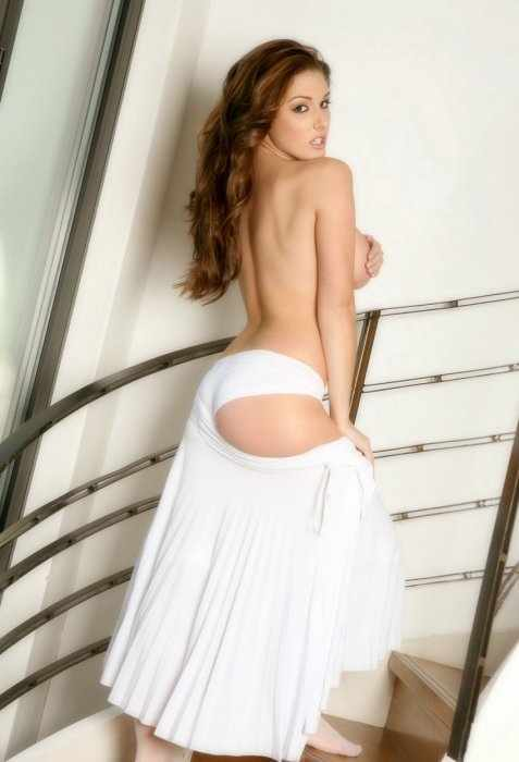 Lucy Pinder (19 фото)