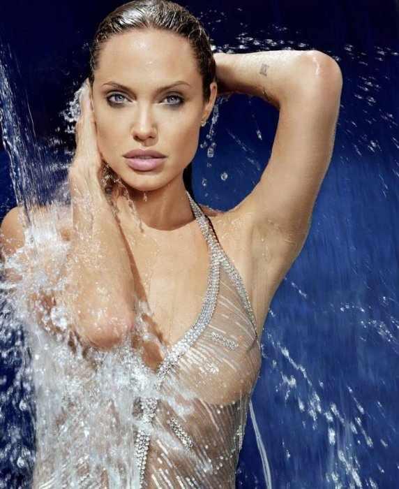 Просто Джоли (4 фото)