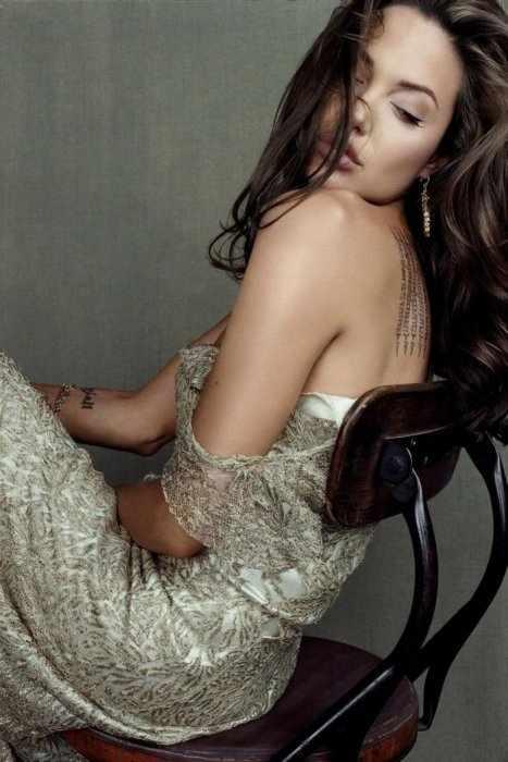 Анжелина Джоли (12 фото)