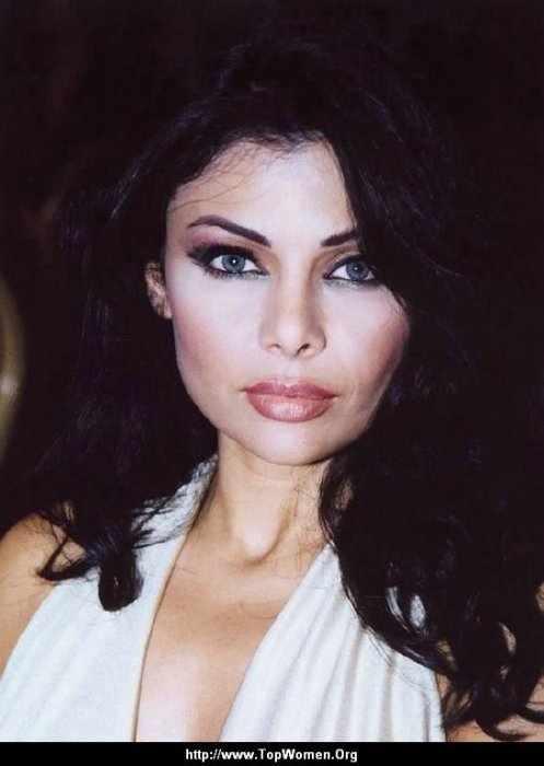Haifa Wehbe (14 фото)