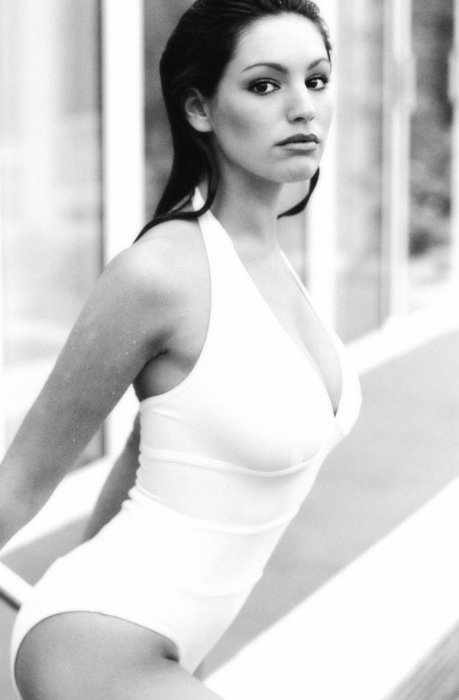 Келли Брук (8 фото)