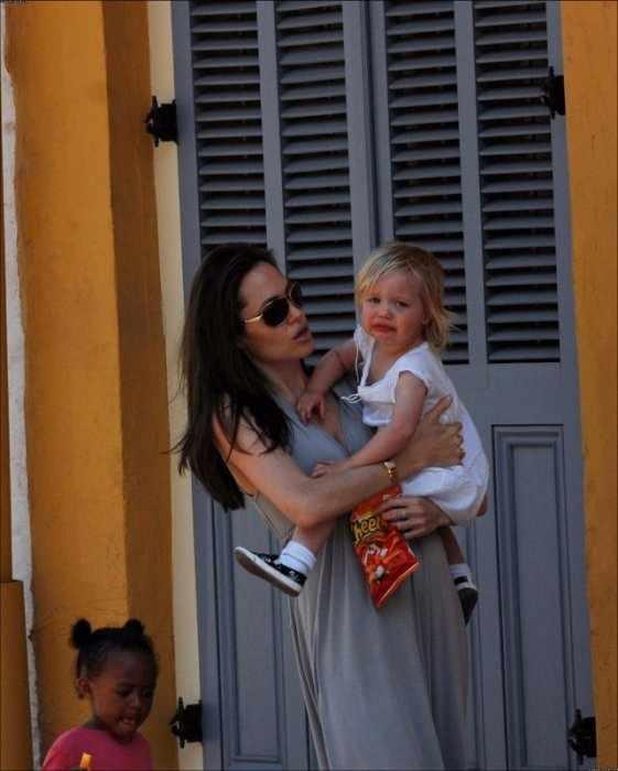 Анжелина Джоли (7 фото)