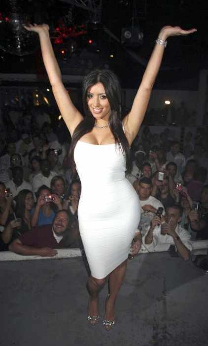 Ким Кардашиан (10 фото)