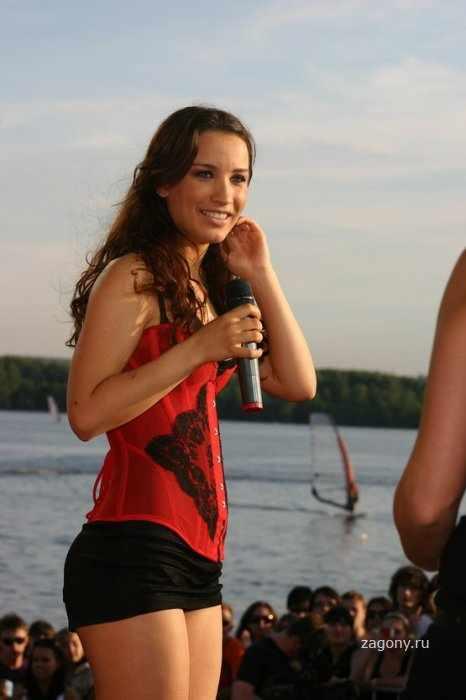 Виктория Дайнко (12 фото)