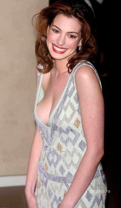 Anne Hathaway (7 фото)