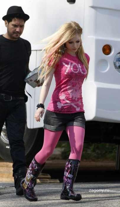 Avril Lavigne (9 фото)