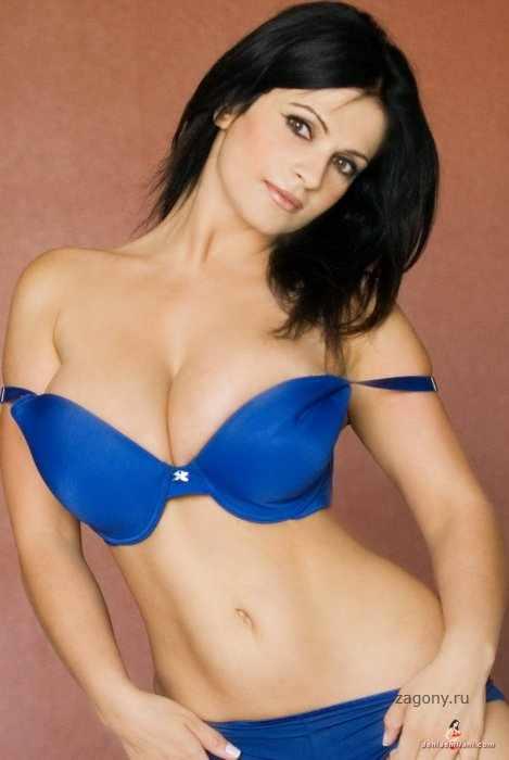 Denise Milani (29 фото)