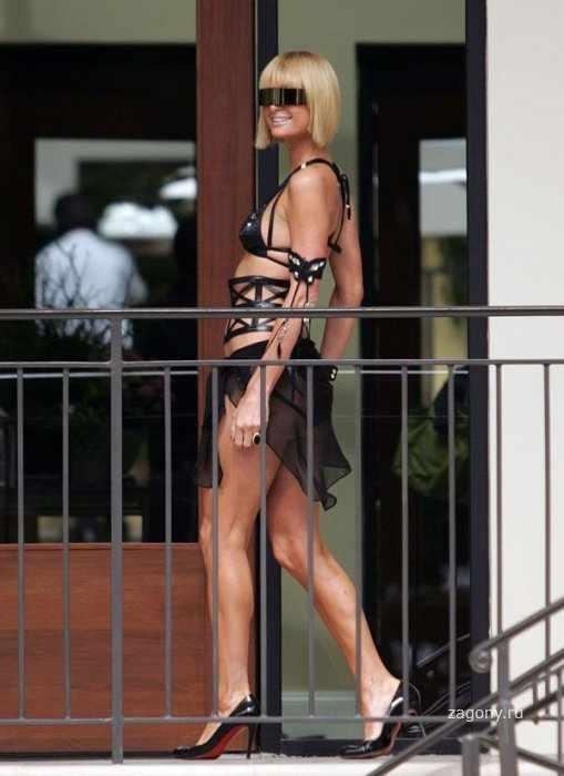 Paris Hilton (8 фото)