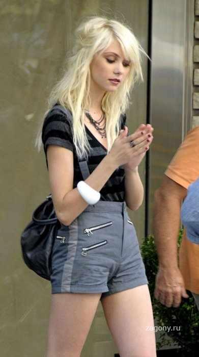 Taylor Momsen (10 фото)