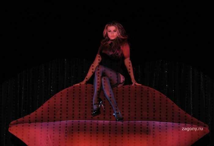 Carmen Electra (15 фото)