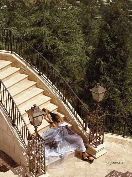 Naomi Campbell (9 фото)