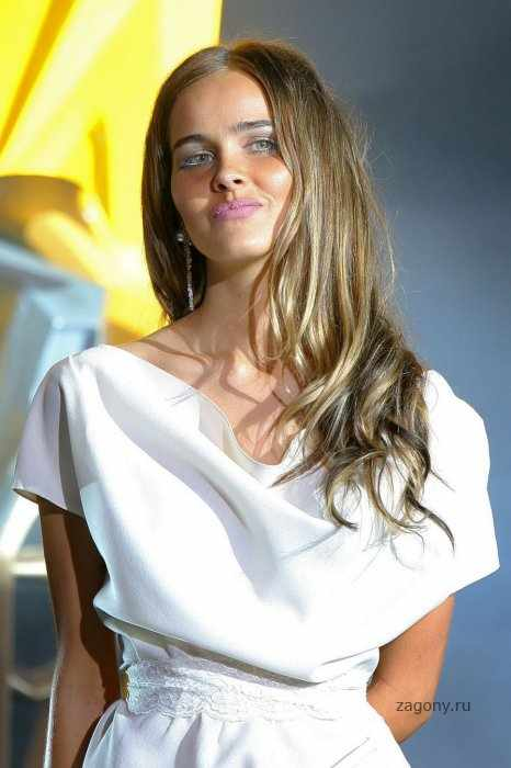 Isabel Lucas (14 фото)