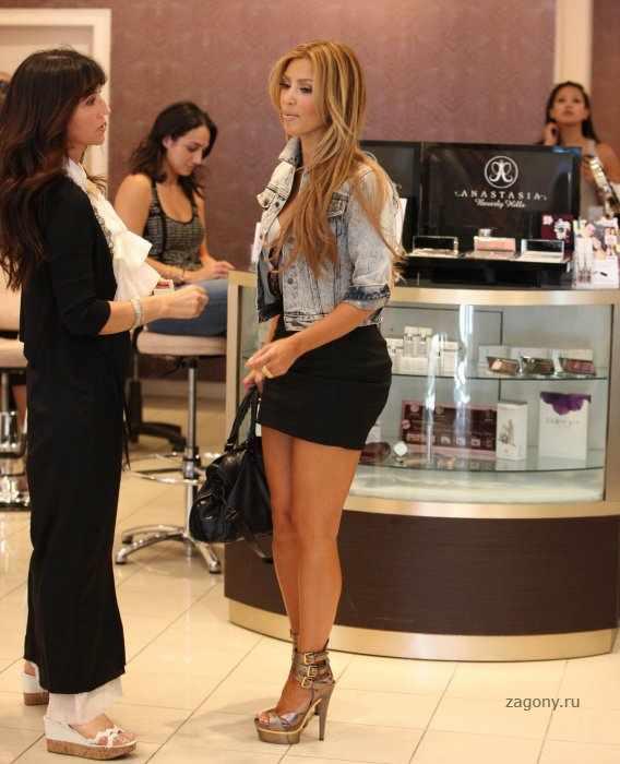 Kim Kardashian (15 фото)