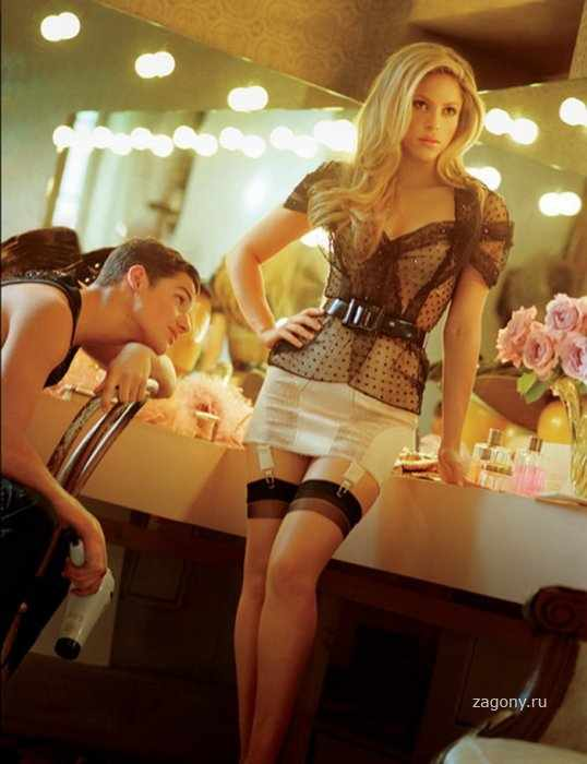 Shakira (8 фото)