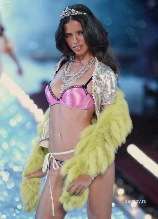 Adriana Lima (11 фото)