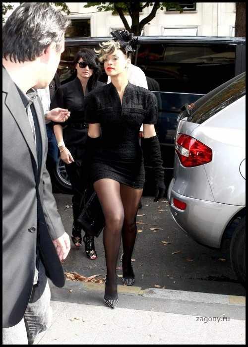 Rihanna (13 фото)
