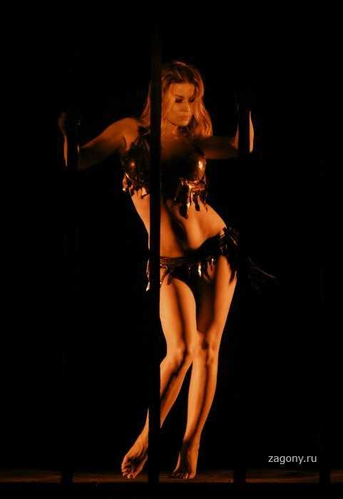 Carmen Electra (11 фото)