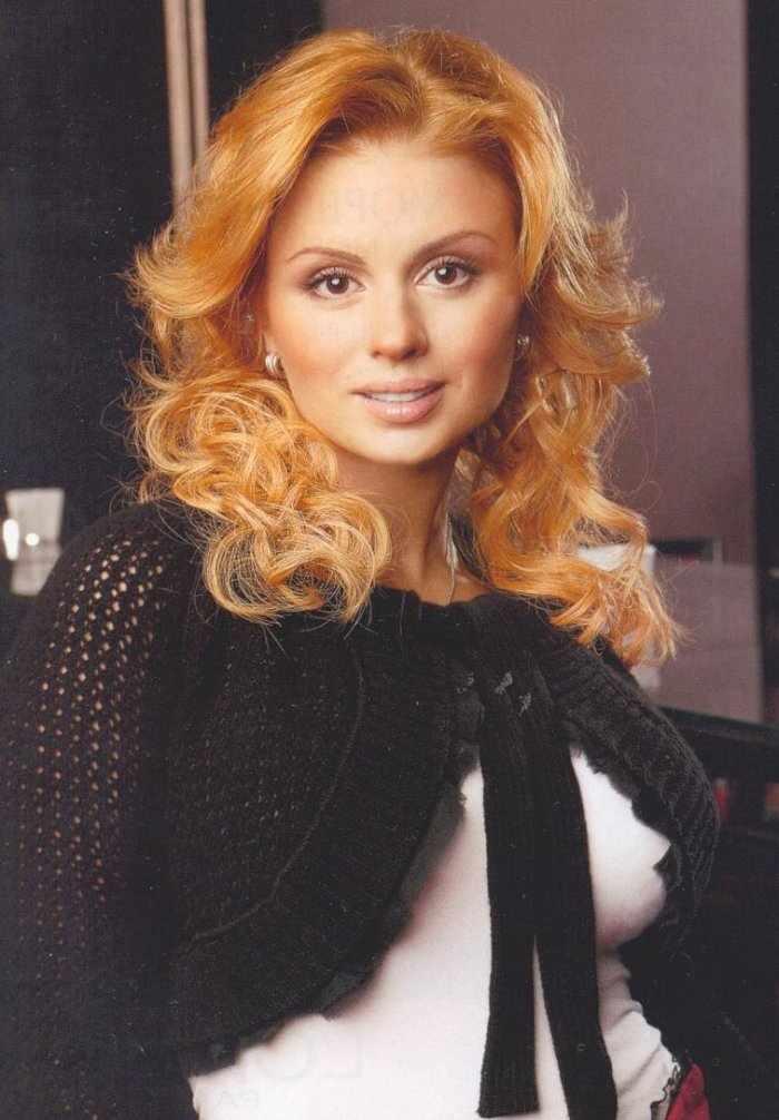 Анна Семенович (19 фото)