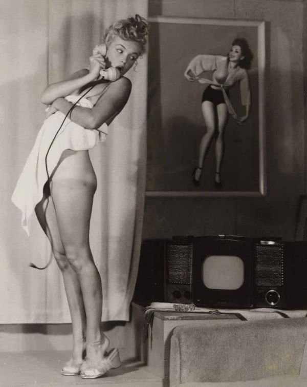 Неизвестные откровенные фотографии Мэрилин Монро (22 фото)