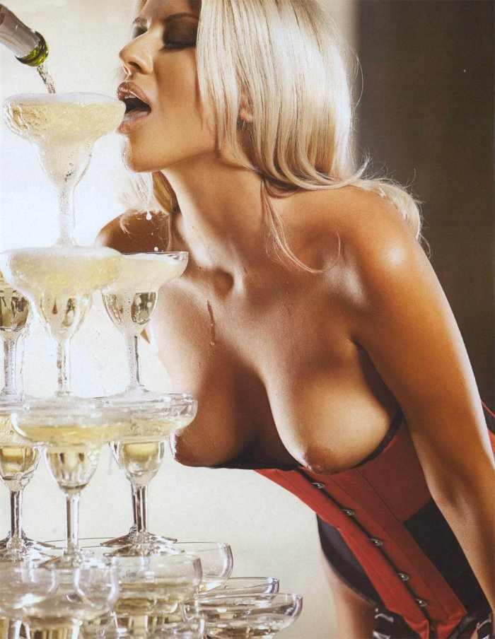 Журналистка Анна Филимонова в Playboy (8 фото)